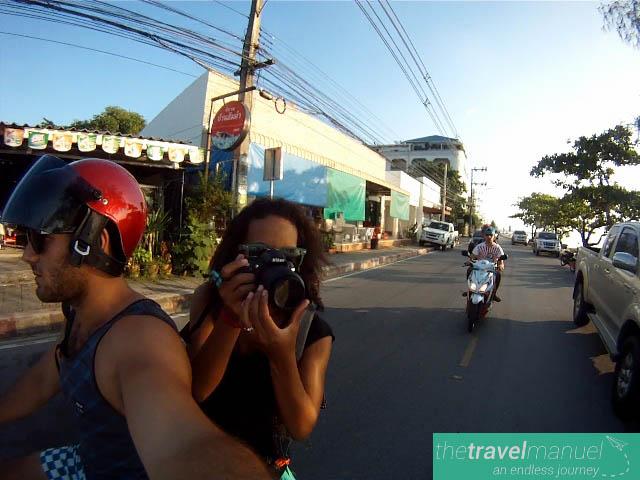 couple travel