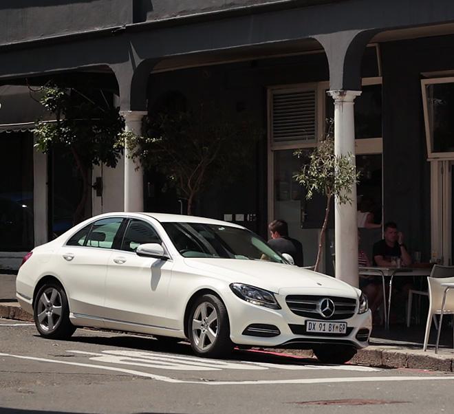 03-Mercedes-Benz-Travel-My-Guide-Südafrika-Kapstadt-Noordhoek-Navigationssystem-comand-online-660x602