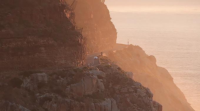 07-Mercedes-Benz-Travel-My-Guide-Südafrika-Kapstadt-Noordhoek-Navigationssystem-comand-online-680x379