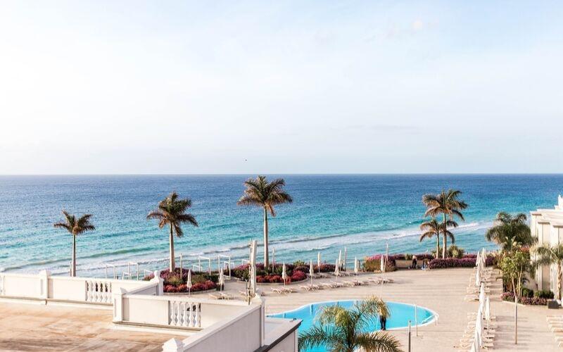 The Best Luxury Beach Resorts Worldwide